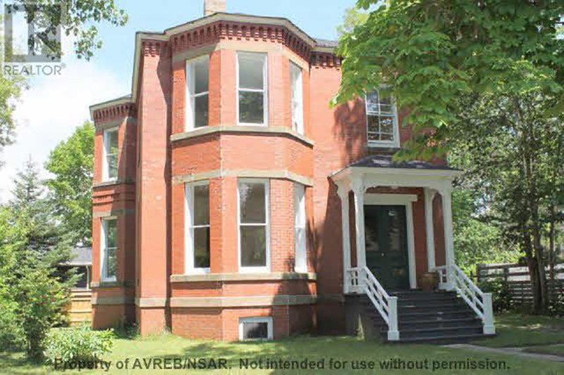 Exquisite brick italianate circa old houses old houses for Italianate homes for sale