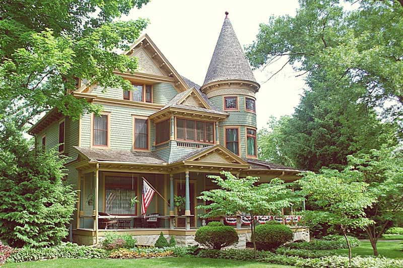 Queen Anne: 1880 – 1910 – CIRCA Old Houses on cottage plans with porches, country houses with porches, southern living home plans with porches, southern colonial porches, houses without porches, colonial southern house, colonial houses with attached garage, coastal home plans with porches, brick houses with porches, colonial house floor plans, colonial house designs, homes with small porches, modern country homes with porches, single story houses with porches, basic ranch houses with porches, colonial houses 1600s, southern style homes with porches, colonial home porches, two-story homes with porches,