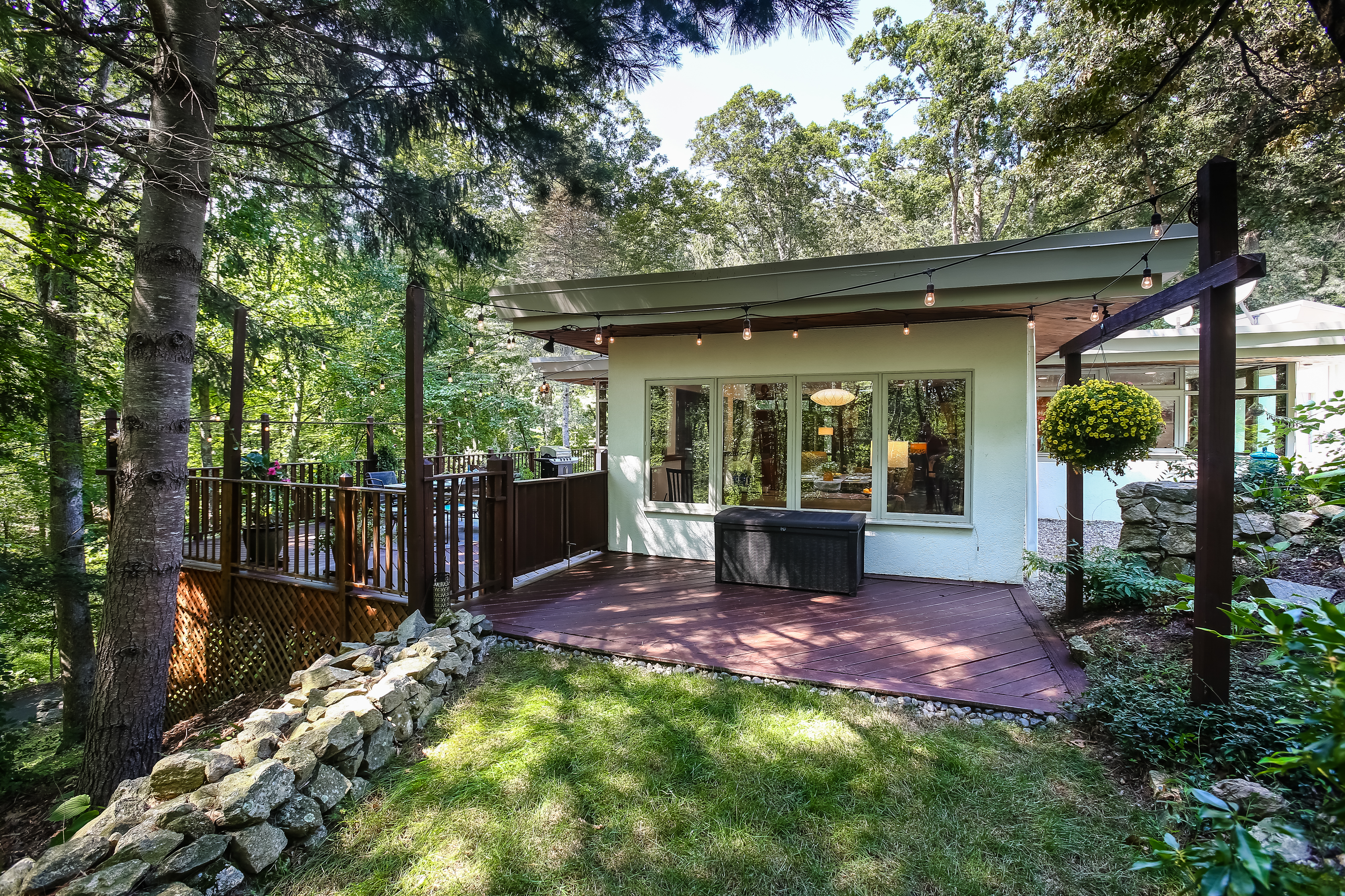 mid century modern on over 3 acres circa old houses old houses
