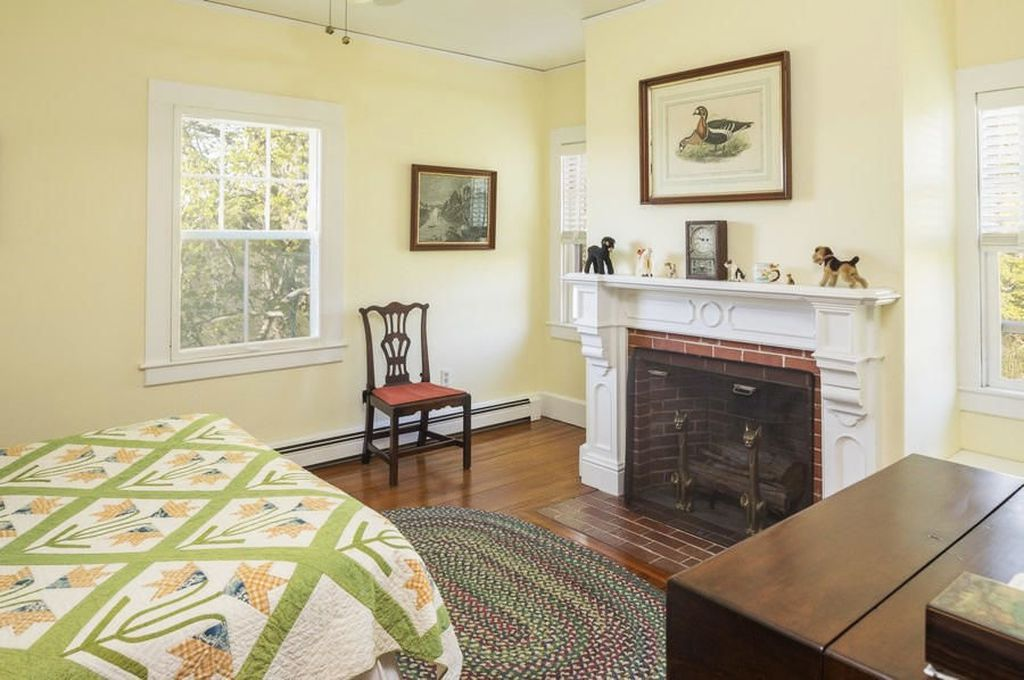 1514 Route 6a South Dennis, MA 02660-16
