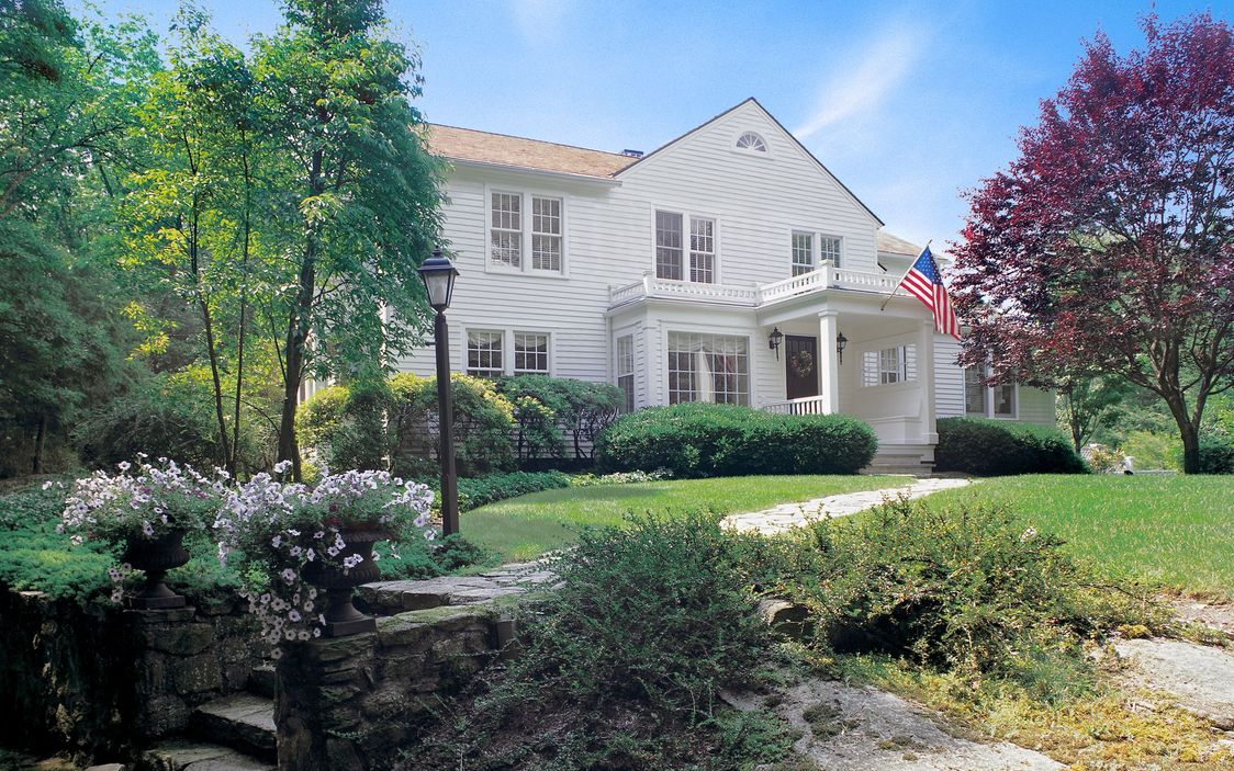 167 EASTWOODS ROAD POUND RIDGE, NY 10576-2