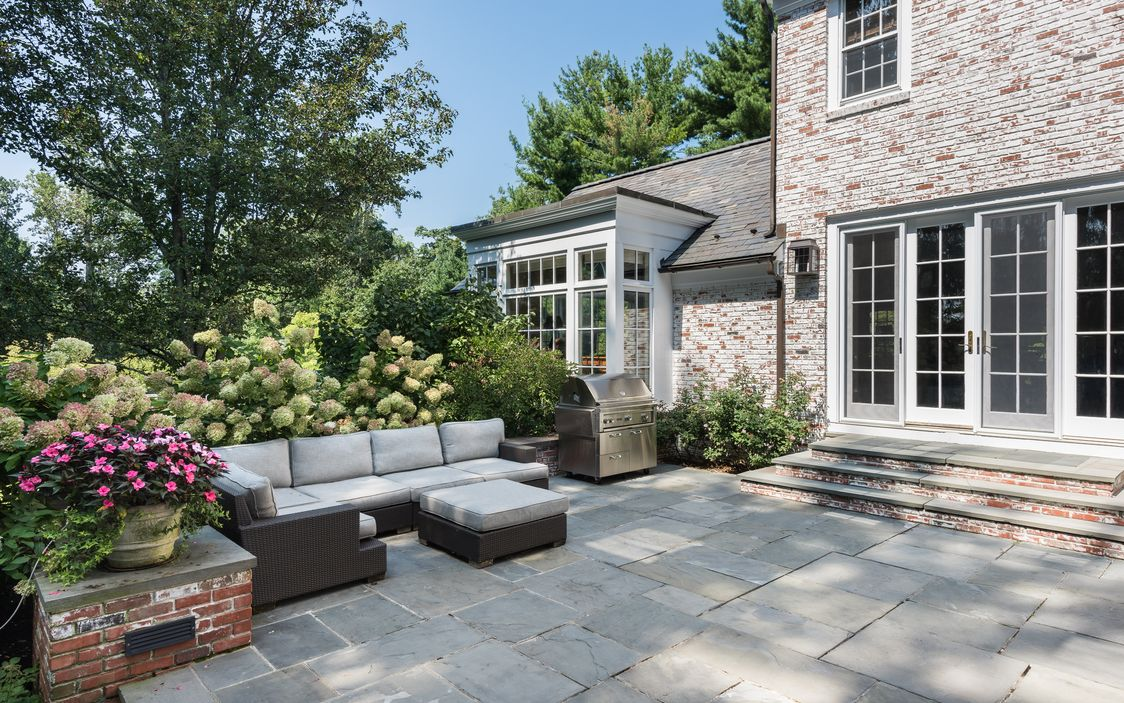 12 REIMER ROAD SCARSDALE, NY 10583-10