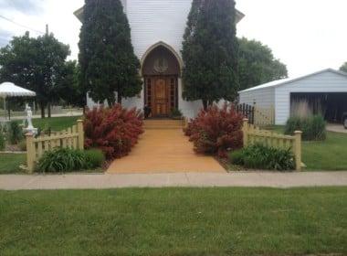 210 N. East Street Weyauwega, Wisconsin 54983-1