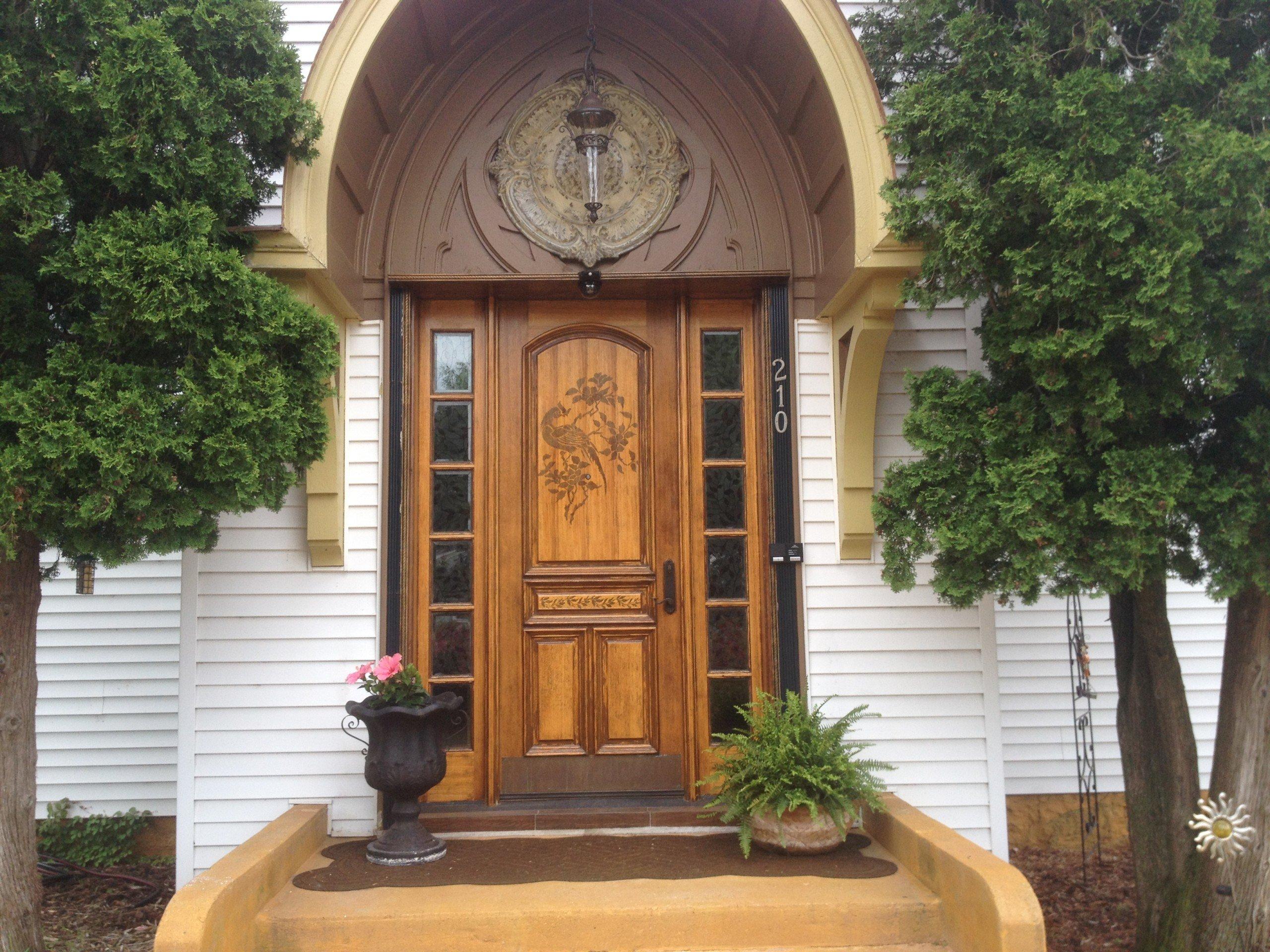 210 N. East Street Weyauwega, Wisconsin 54983-2