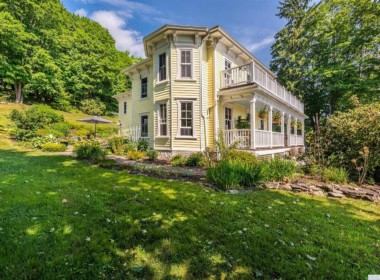 393 Craryville Rd, Hillsdale, NY 12529-4