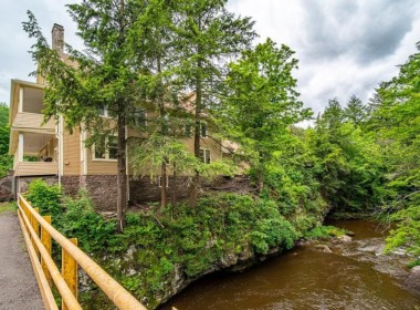 72 Chesock Rd, Dushore, PA 18614-27