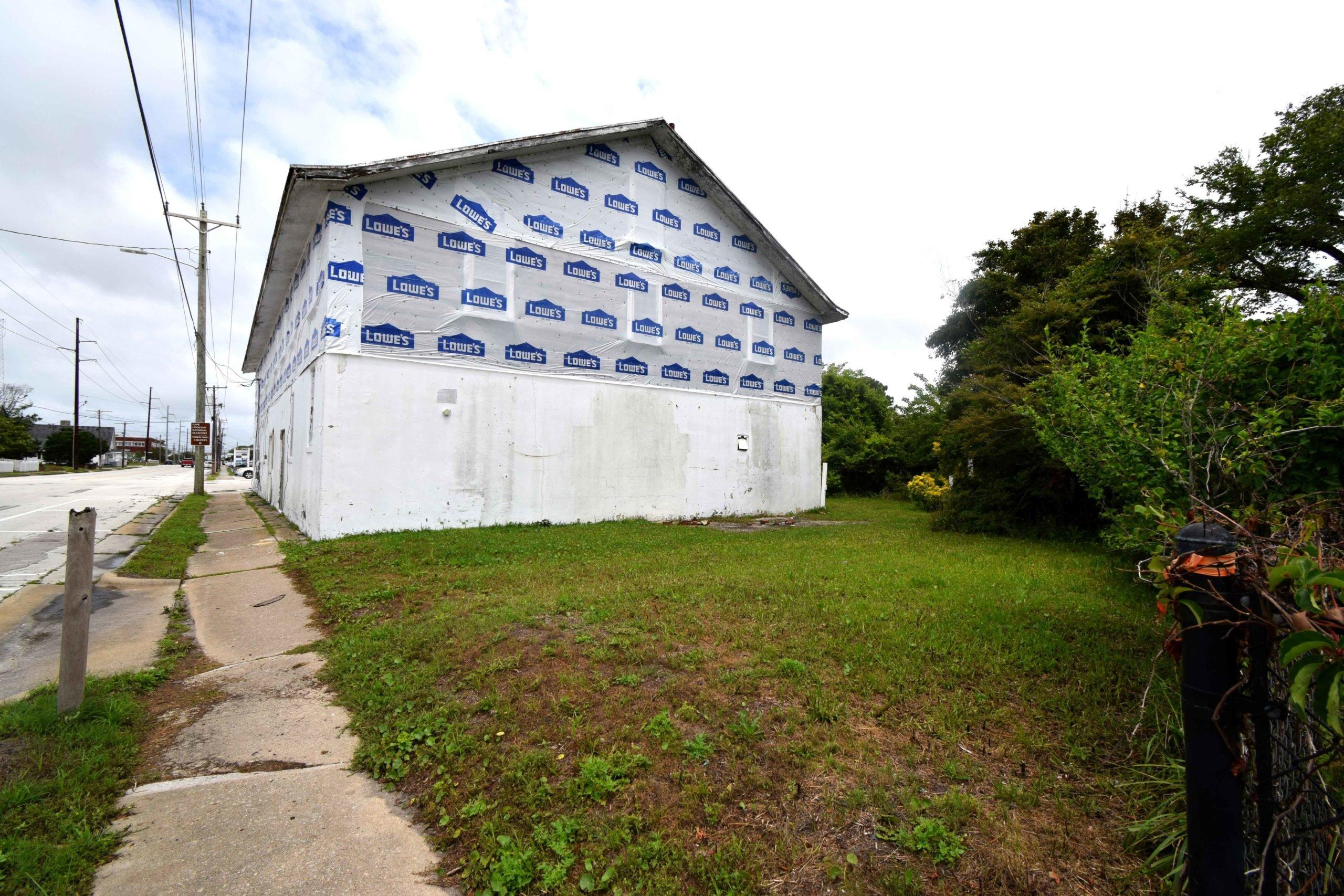 400 Pollock Street Beaufort , NC 28516 -23