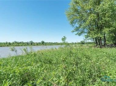 26281 W River Rd, Perrysburg, OH 43551-46
