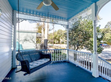 229 N Caswell Ave, Southport, NC 28461-10