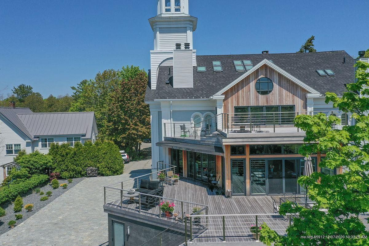 150 Russell Ave, Rockport, ME 04856-31