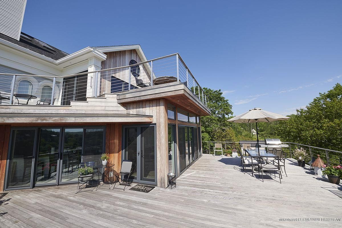 150 Russell Ave, Rockport, ME 04856-33