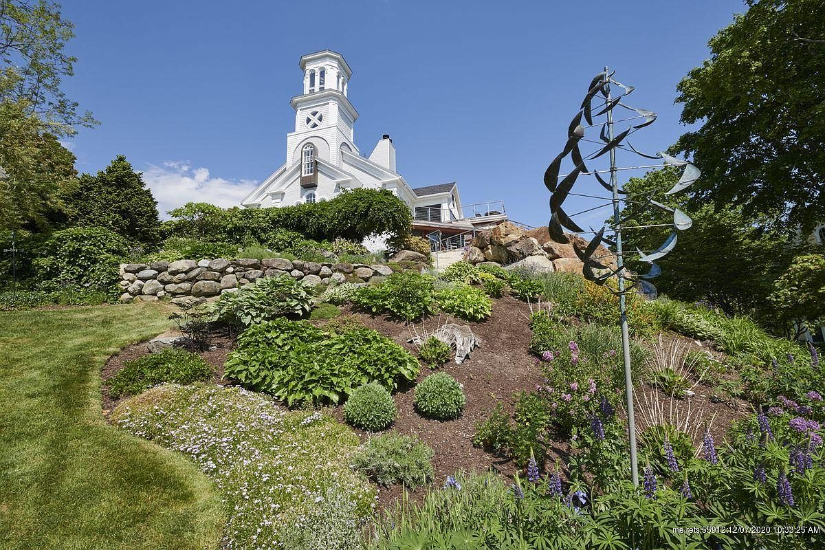 150 Russell Ave, Rockport, ME 04856-35