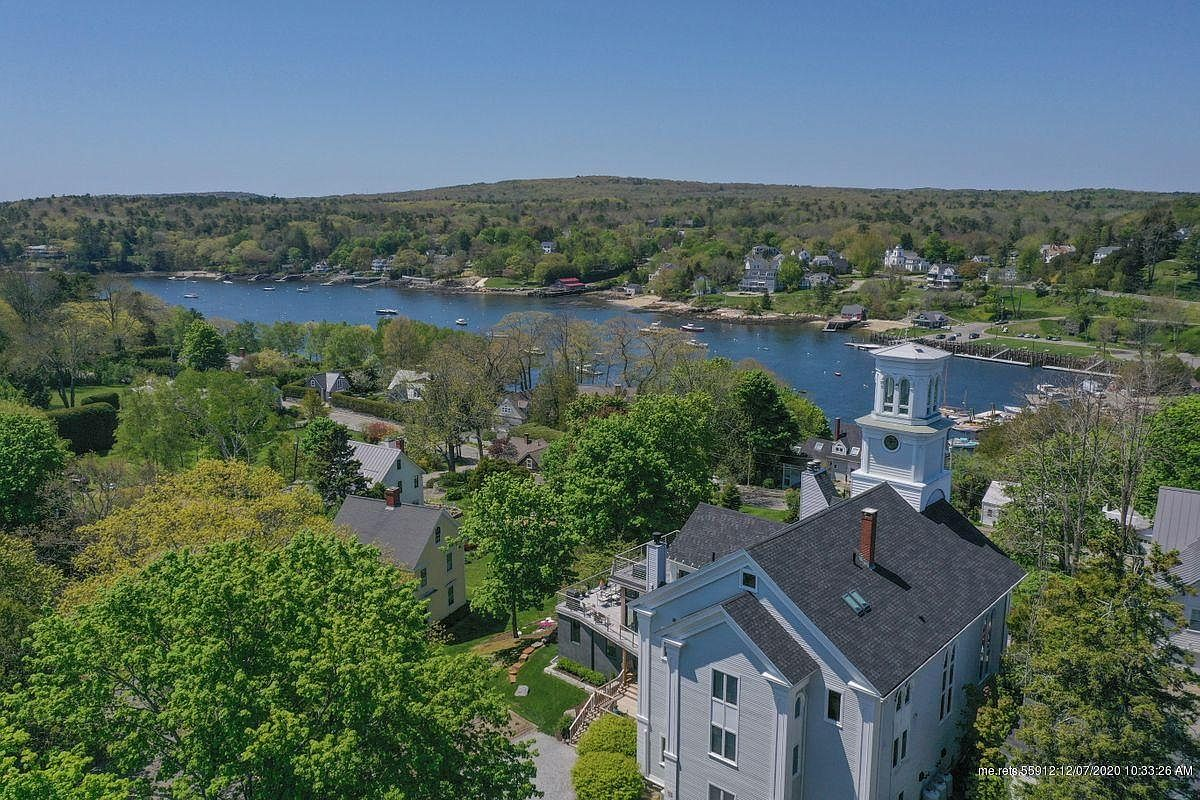 150 Russell Ave, Rockport, ME 04856-36