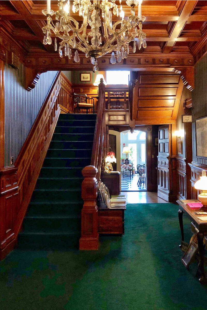 14-Front-Foyer-stairs