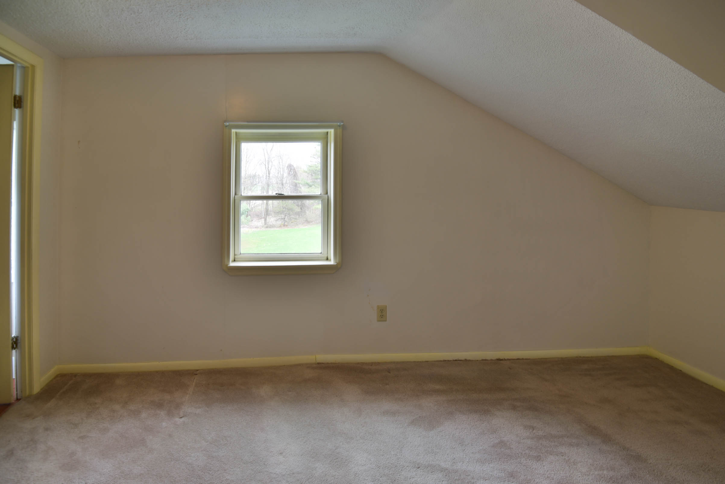 4692 military rd-5814