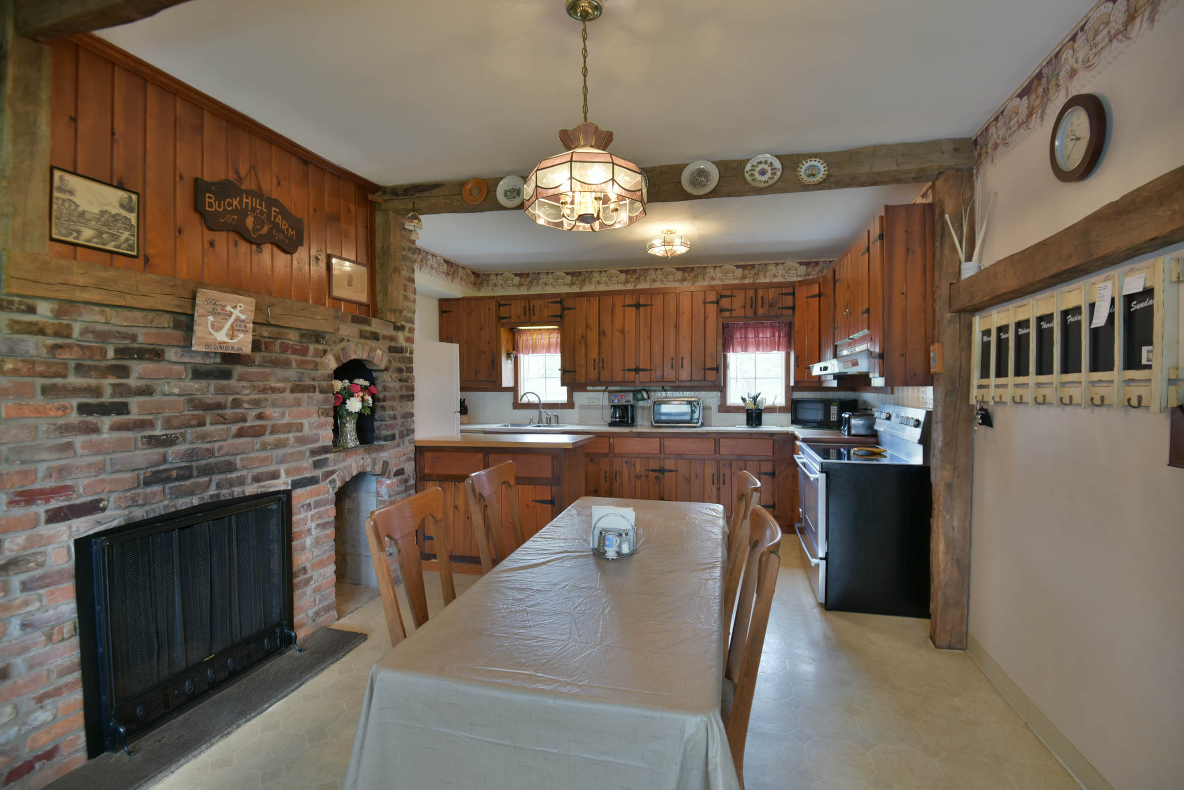 4692 military rd-5822