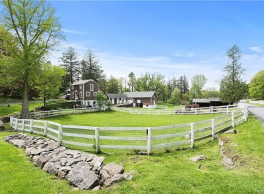9 Great Hill Farms Rd, Bedford, NY 10506-30