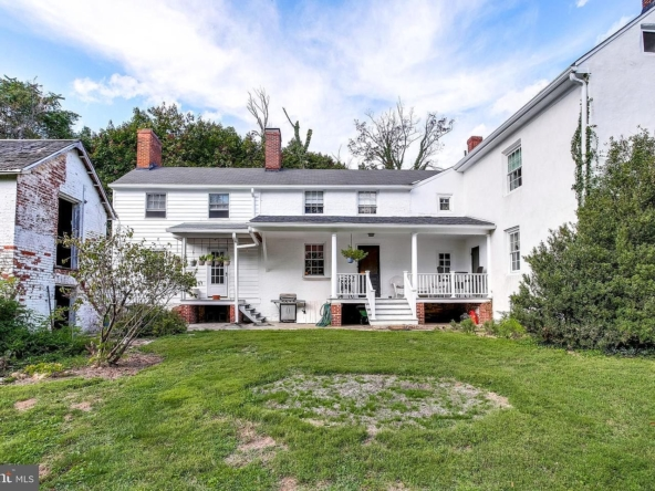 21 W Chatsworth Ave, Reisterstown, MD 21136-32
